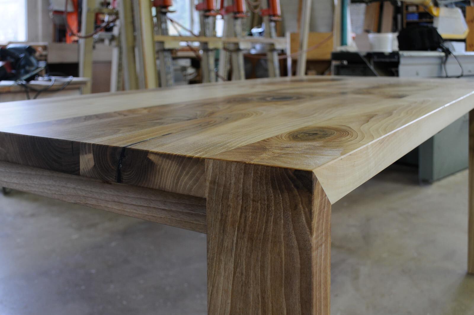 Tisch Detail